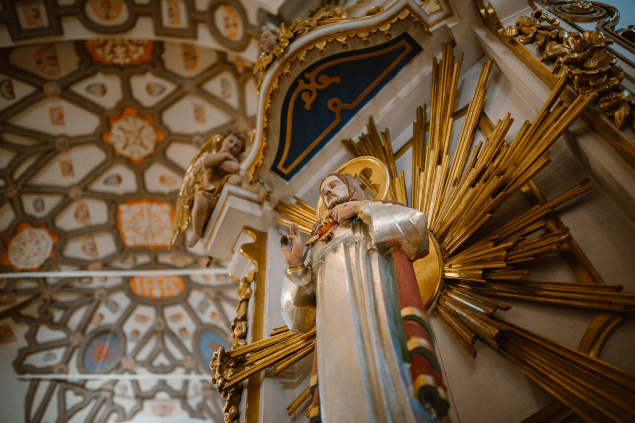 rzeźba Chrystus Pantokrator z bazyliki w Kodniu