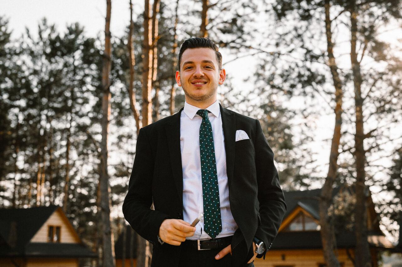 wesele w lesie - portret mężczyzny
