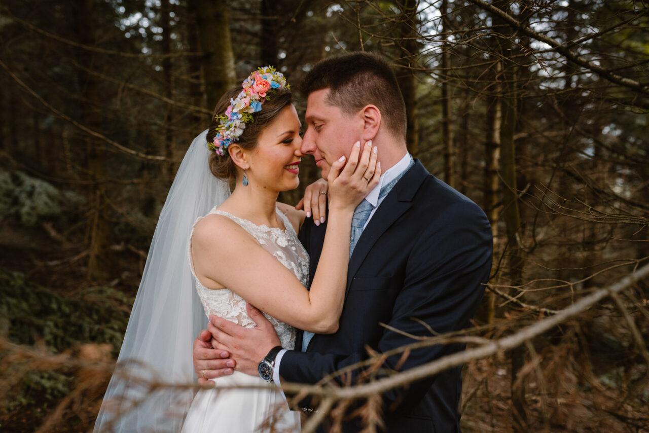 leśne zdjęcia ślubne w Bieszczadach