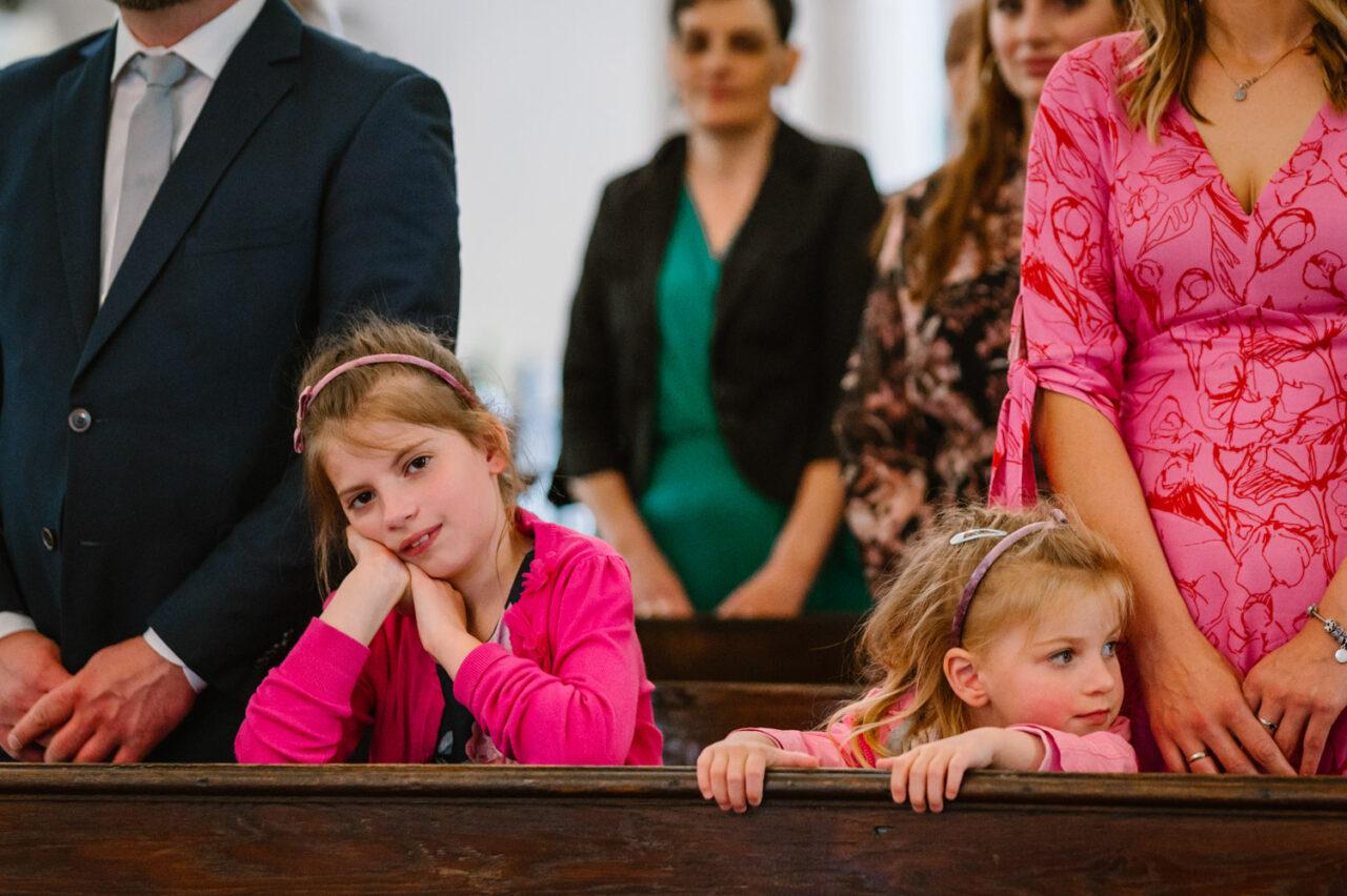 dzieci podczas ślubu w Zamościu