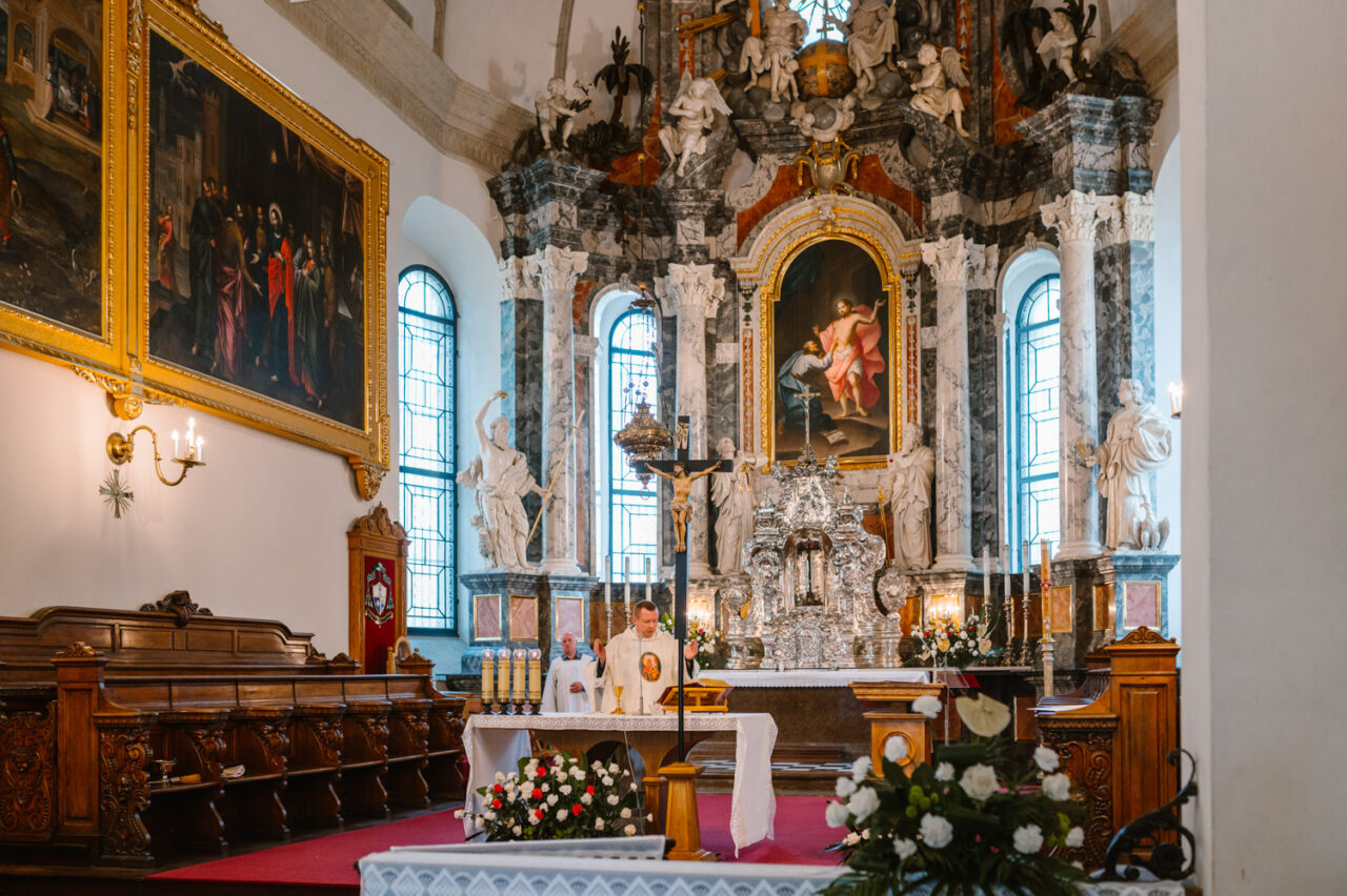 ślub w Zamosciu - wnętrze zamojskiej katedry