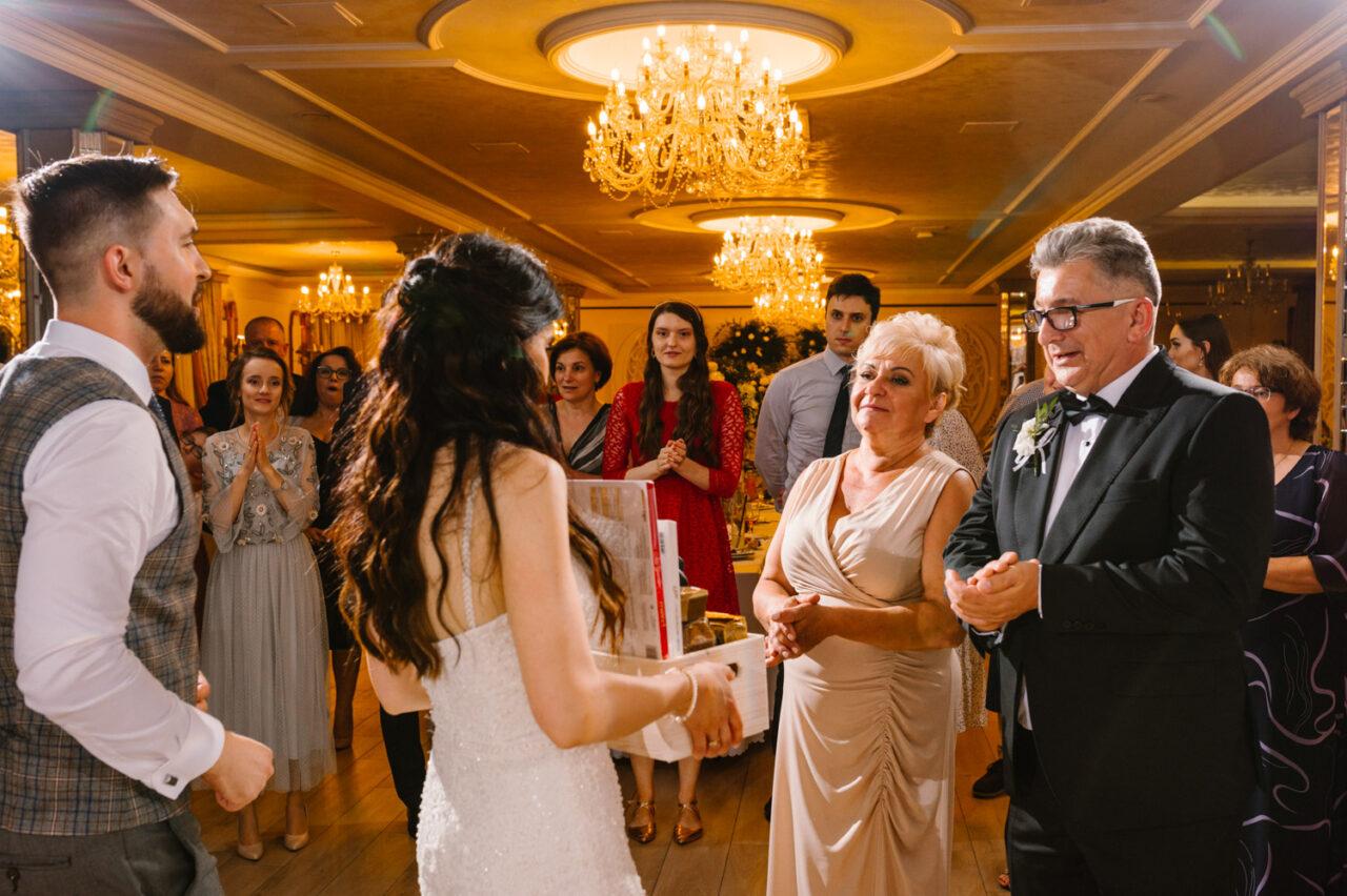 podziękowania rodzicom podczas wesela